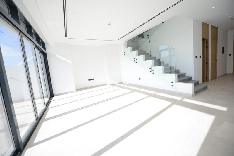 3 Bedroom Villa For Sale in  Jumeirah Luxury Living,  Jumeirah Golf Estates | 2