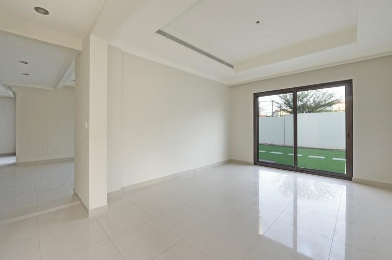 5 Bedroom Villa For Sale in  Rosa,  Arabian Ranches 2   10