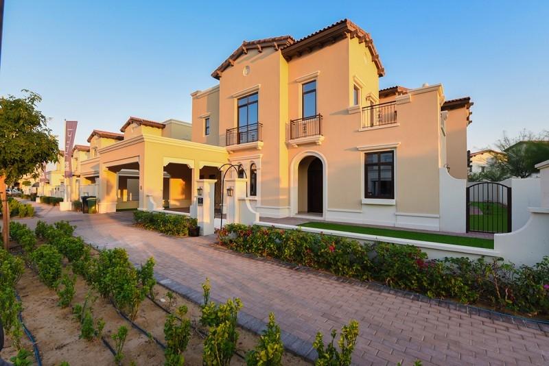5 Bedroom Villa For Sale in  Rosa,  Arabian Ranches 2   0