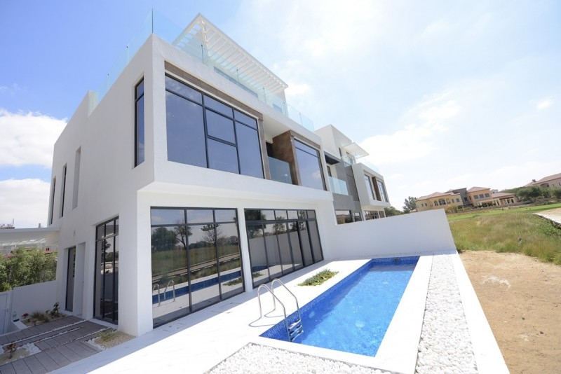 4 Bedroom Townhouse For Sale in  Jumeirah Luxury Living,  Jumeirah Golf Estates | 1