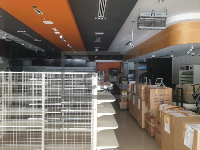 furnished retail for rent in business bay, bay square building 7 | 10