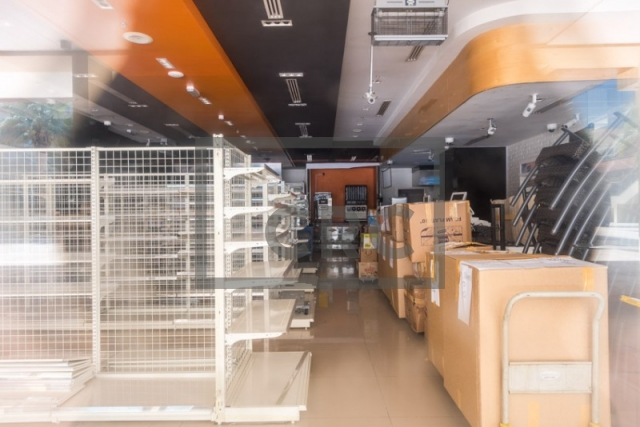 furnished retail for rent in business bay, bay square building 7 | 7