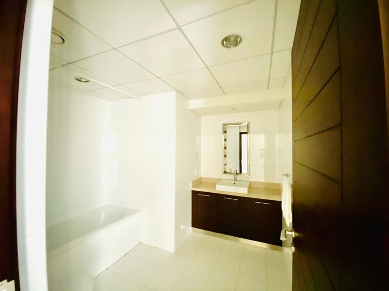 Studio Apartment For Sale in  Boulevard Central Tower 2,  Downtown Dubai | 4