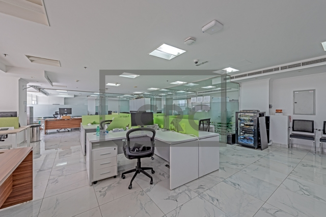 furnished office for sale in jumeirah lake towers, mazaya business avenue bb2 | 1