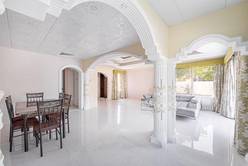 3 Bedroom Villa For Rent in  Springs 8,  The Springs | 1