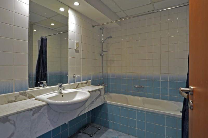 1 Bedroom Apartment For Sale in  Azure 2,  Dubai Marina | 5