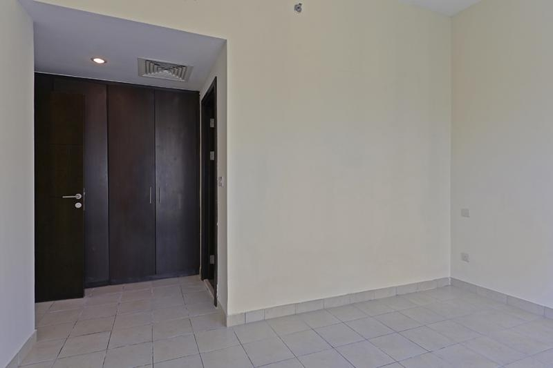 2 Bedroom Apartment For Sale in  The Point,  Dubai Marina   7