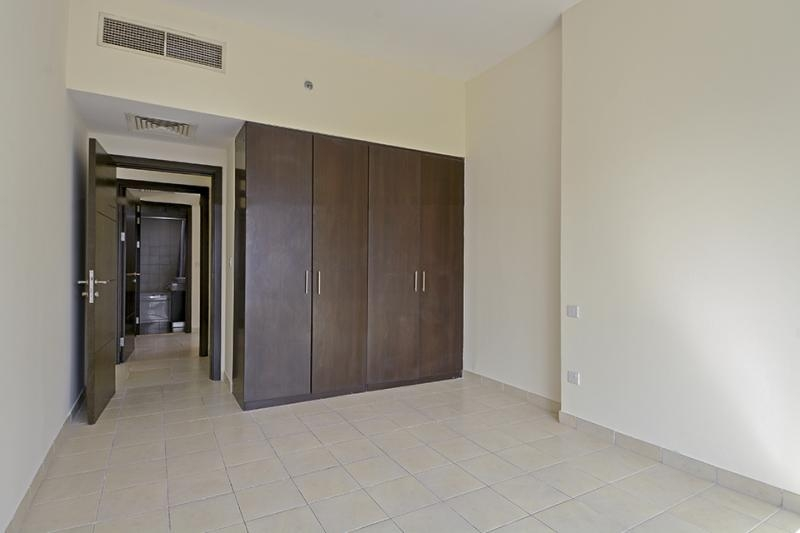 2 Bedroom Apartment For Sale in  The Point,  Dubai Marina   6