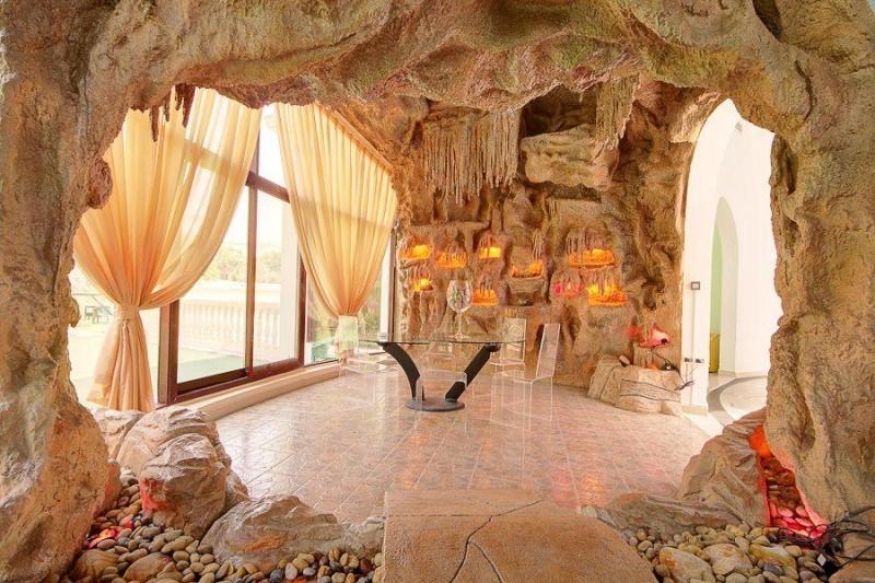 7 Bedroom Villa For Sale in  Emirates Hills Villas,  Emirates Hills   16