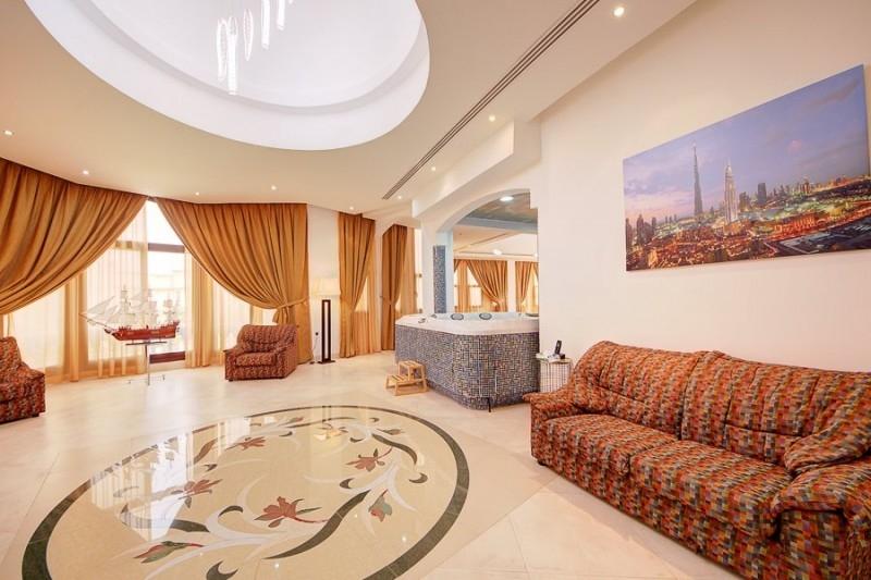 7 Bedroom Villa For Sale in  Emirates Hills Villas,  Emirates Hills   15