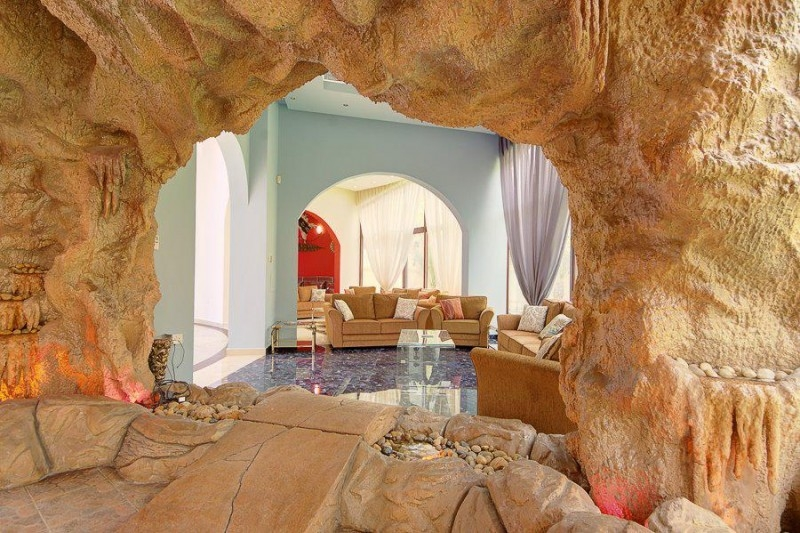 7 Bedroom Villa For Sale in  Emirates Hills Villas,  Emirates Hills   17