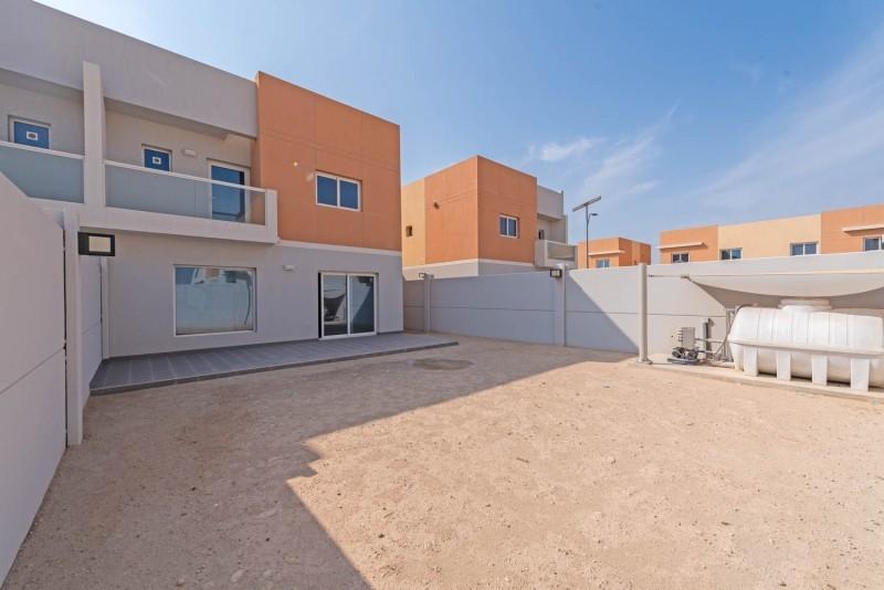 3 Bedroom Apartment For Rent in  Manazel Al Reef 2,  Al Samha   4