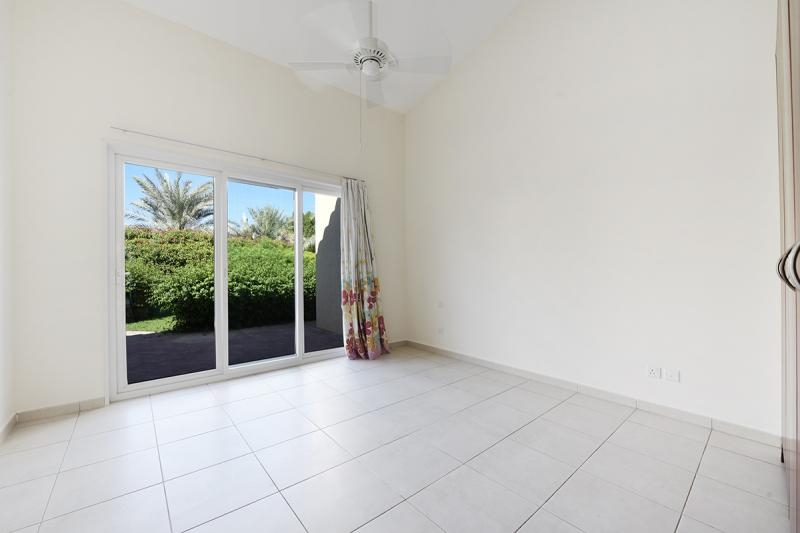 4 Bedroom Villa For Sale in  Bungalows Area West,  Green Community   6