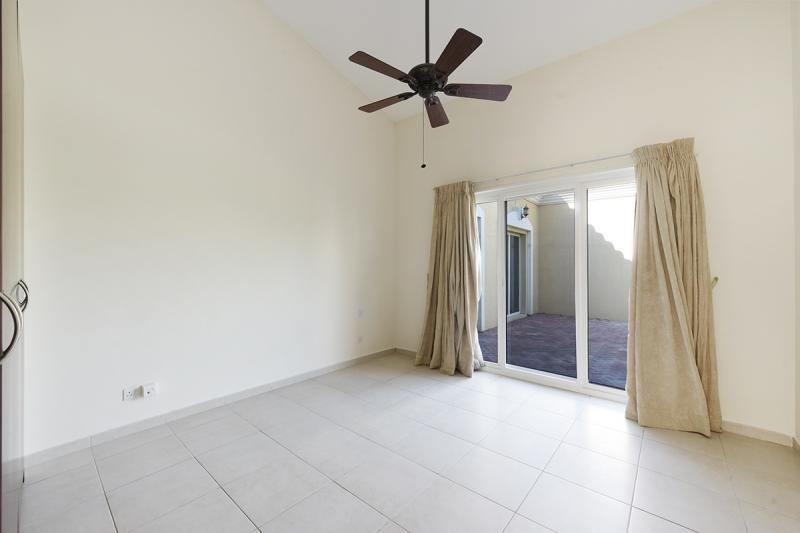4 Bedroom Villa For Sale in  Bungalows Area West,  Green Community   5
