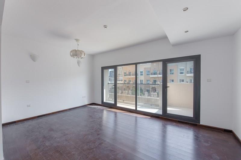 4 Bedroom Villa For Rent in  District 14,  Jumeirah Village Circle | 5