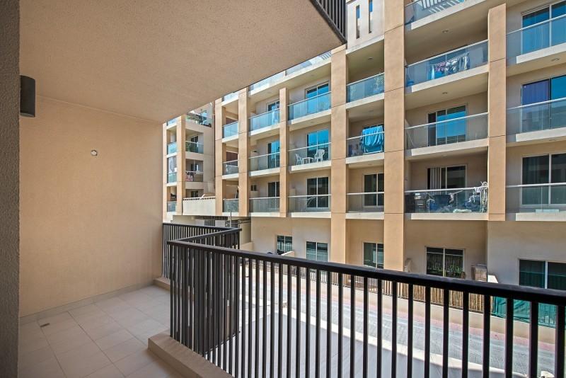 4 Bedroom Villa For Rent in  District 14,  Jumeirah Village Circle | 11