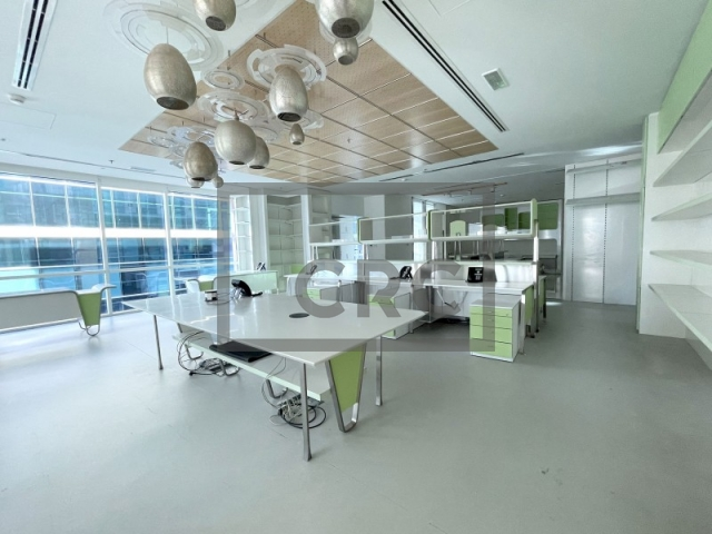 4,222 sq.ft. Office in Business Bay, Bay Square Building 3 for AED 6,500,000