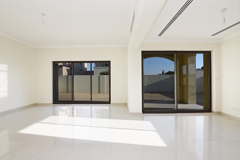 4 Bedroom Villa For Sale in  Samara,  Arabian Ranches 2   1