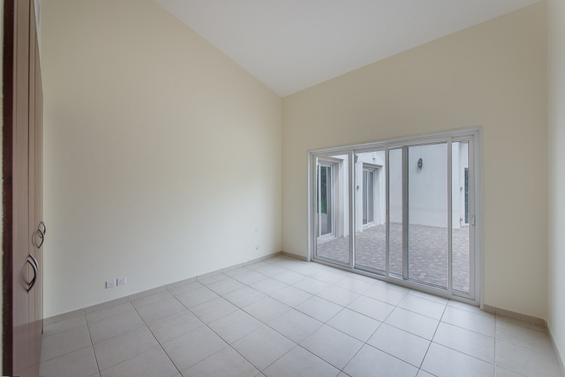 4 Bedroom Villa For Sale in  Bungalows Area West,  Green Community | 5