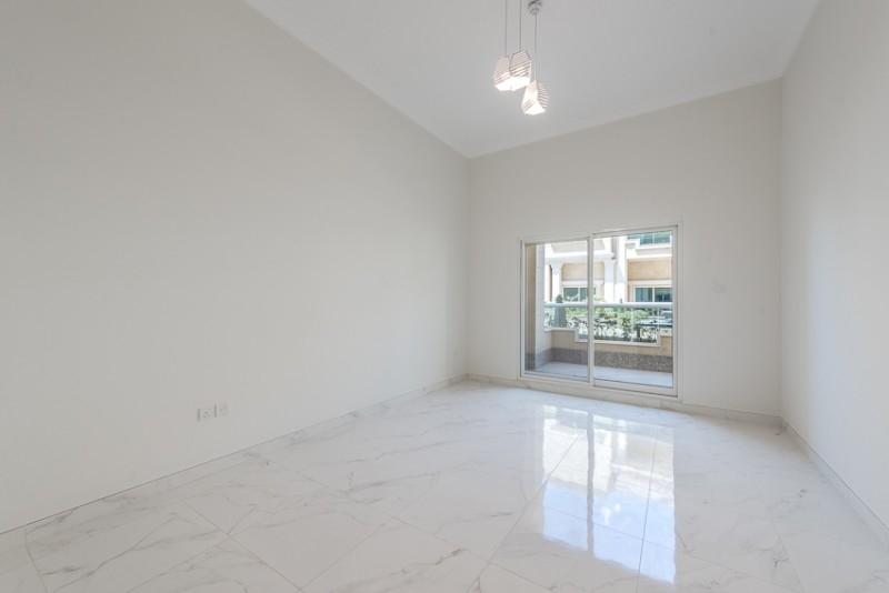 1 Bedroom Apartment For Rent in  La Plage Complex,  Jumeirah   4