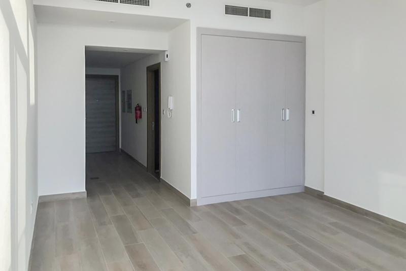 Studio Apartment For Rent in  Bloom Towers,  Jumeirah Village Circle | 2