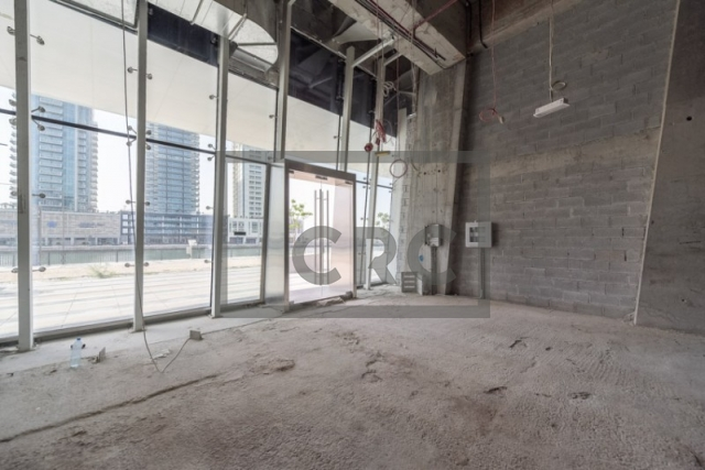 shops & retail spaces for rent in the pad