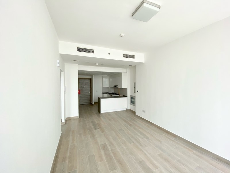 1 Bedroom Apartment For Rent in  Bloom Towers,  Jumeirah Village Circle | 1