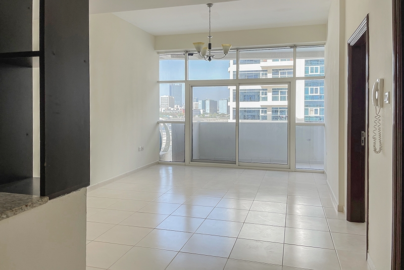 1 Bedroom Apartment For Rent in  Royal Residence 1,  Dubai Sports City   0