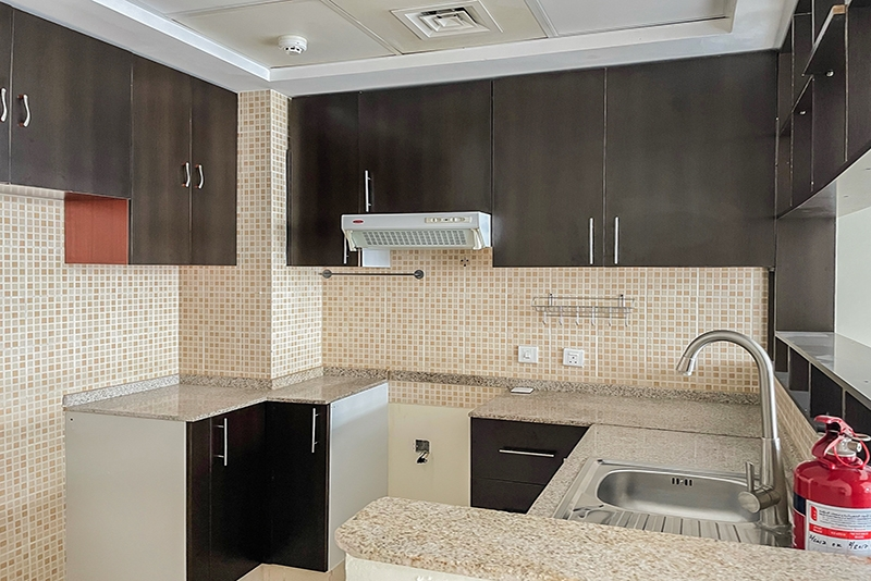 1 Bedroom Apartment For Rent in  Royal Residence 1,  Dubai Sports City   4
