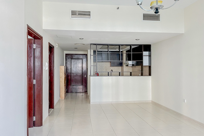 1 Bedroom Apartment For Rent in  Royal Residence 1,  Dubai Sports City   1