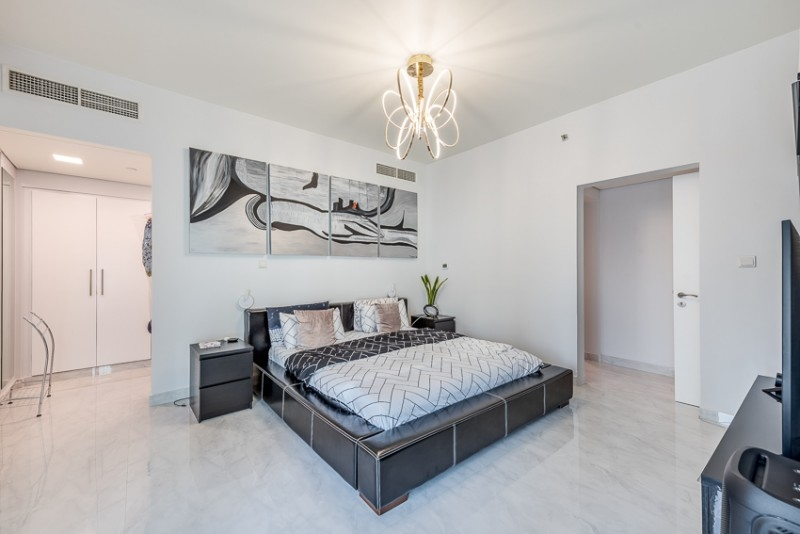 3 Bedroom Apartment For Sale in  Lofts Podium,  Downtown Dubai   8