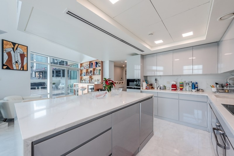 3 Bedroom Apartment For Sale in  Lofts Podium,  Downtown Dubai   3