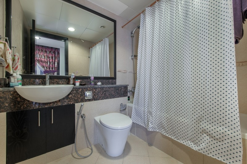 3 Bedroom Apartment For Sale in  Goldcrest Views 2,  Jumeirah Lake Towers   8