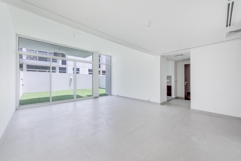 3 Bedroom Villa For Sale in  Arabella Townhouses 1,  Mudon   2