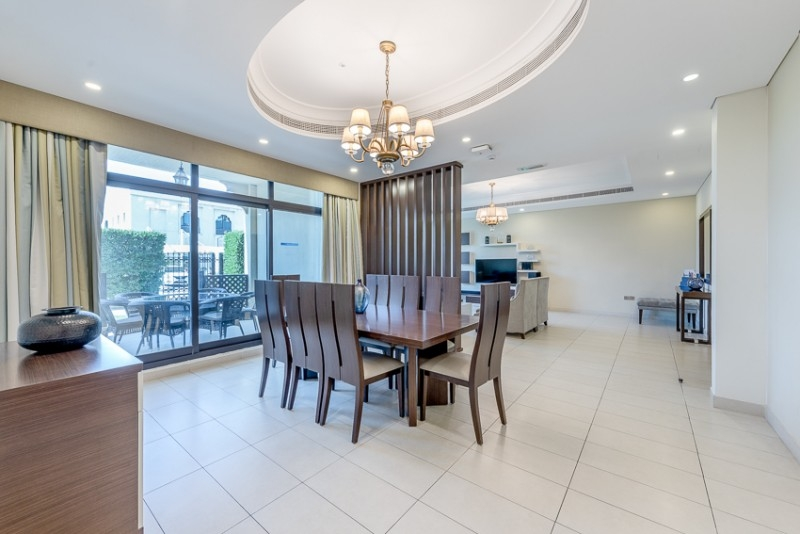 5 Bedroom Villa For Rent in  The Roda Beach,  Jumeirah   2