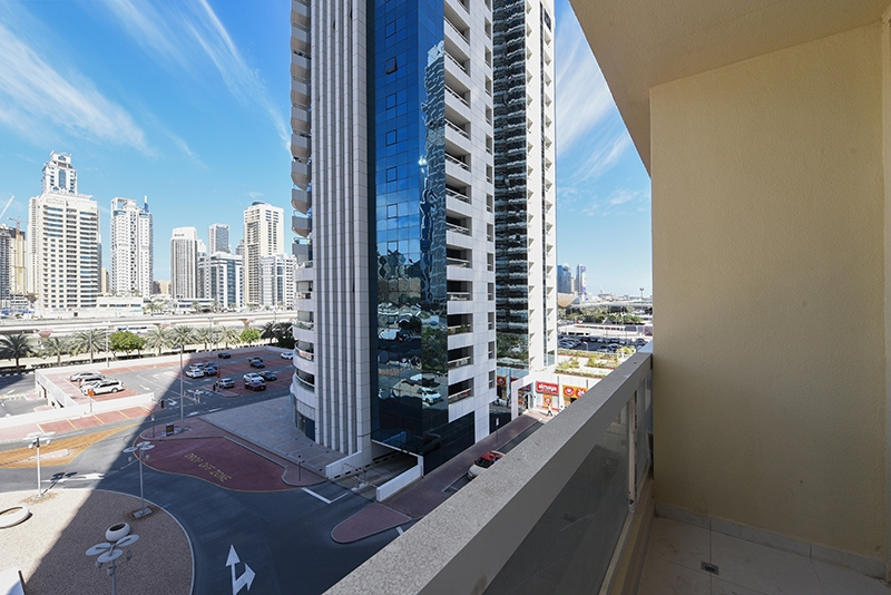3 Bedroom Apartment For Sale in  New Dubai Gate 1,  Jumeirah Lake Towers | 8