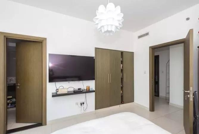 1 Bedroom Apartment For Sale in  Lofts East,  Downtown Dubai | 10