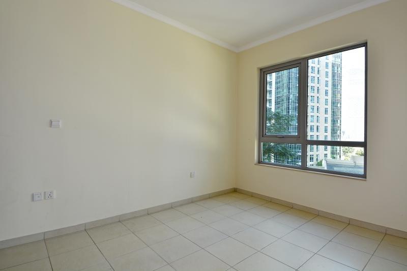 2 Bedroom Apartment For Sale in  Burj Residence 8,  Downtown Dubai | 4