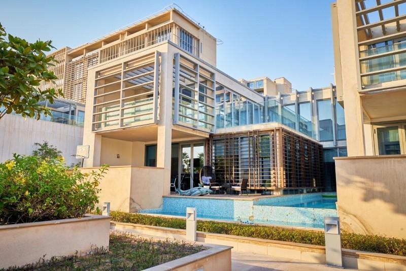 5 Bedroom Villa For Sale in  Beach Villas,  Al Raha Beach | 11