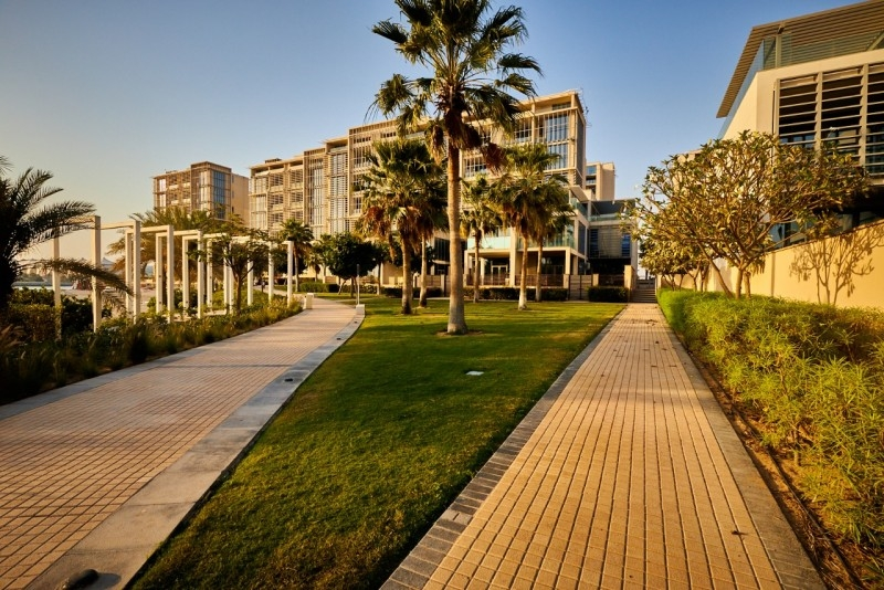 5 Bedroom Villa For Sale in  Beach Villas,  Al Raha Beach | 8