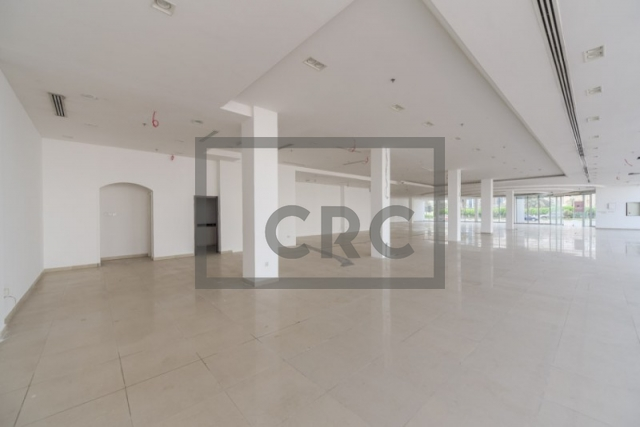 shops & retail spaces for rent in al quoz 3