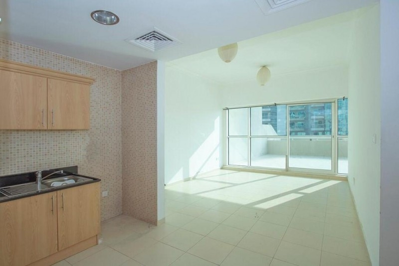 1 Bedroom Apartment For Rent in  Mayfair Residency,  Business Bay   1