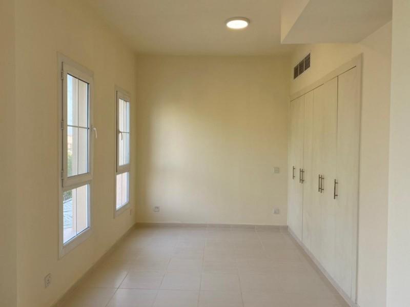 2 Bedroom Villa For Rent in  Springs 11,  The Springs   3