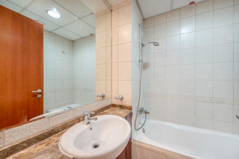 2 Bedroom Apartment For Rent in  Zubaidi Building,  Deira   6