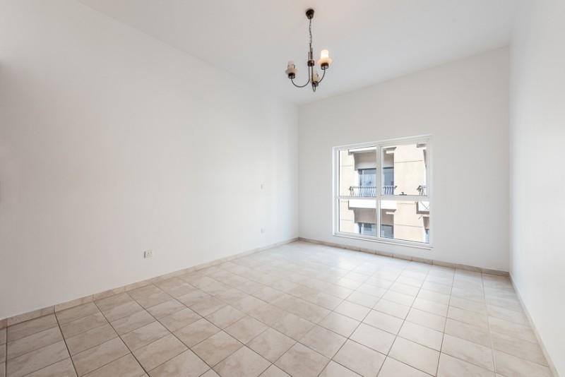 2 Bedroom Apartment For Rent in  Zubaidi Building,  Deira   4