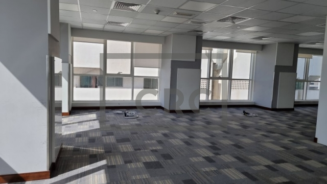 office for rent in sheikh zayed road, aspin commercial tower   6