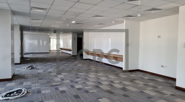office for rent in sheikh zayed road, aspin commercial tower   11