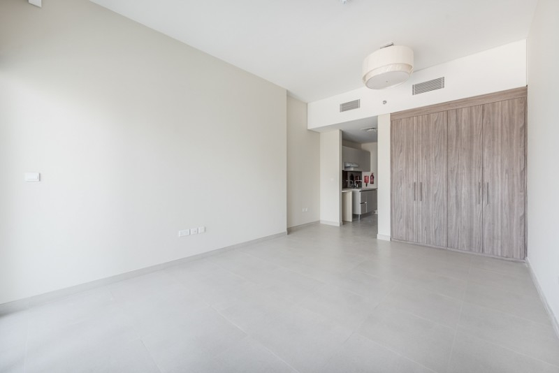 Studio Apartment For Rent in  SOL Avenue,  Business Bay | 3