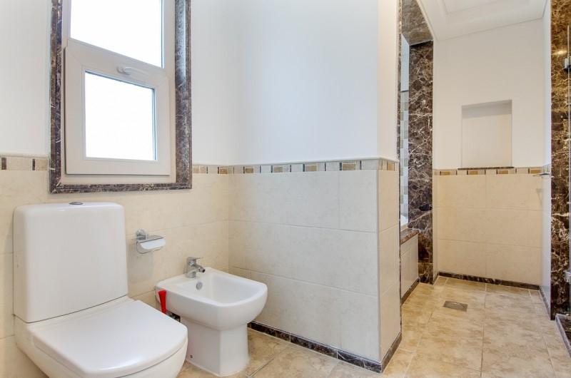 5 Bedroom Villa For Sale in  Esmeralda,  Victory Heights   10