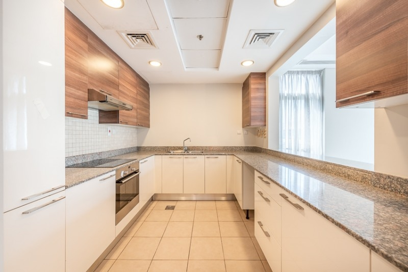 1 Bedroom Apartment For Sale in  Bay Square Building 2,  Business Bay | 5